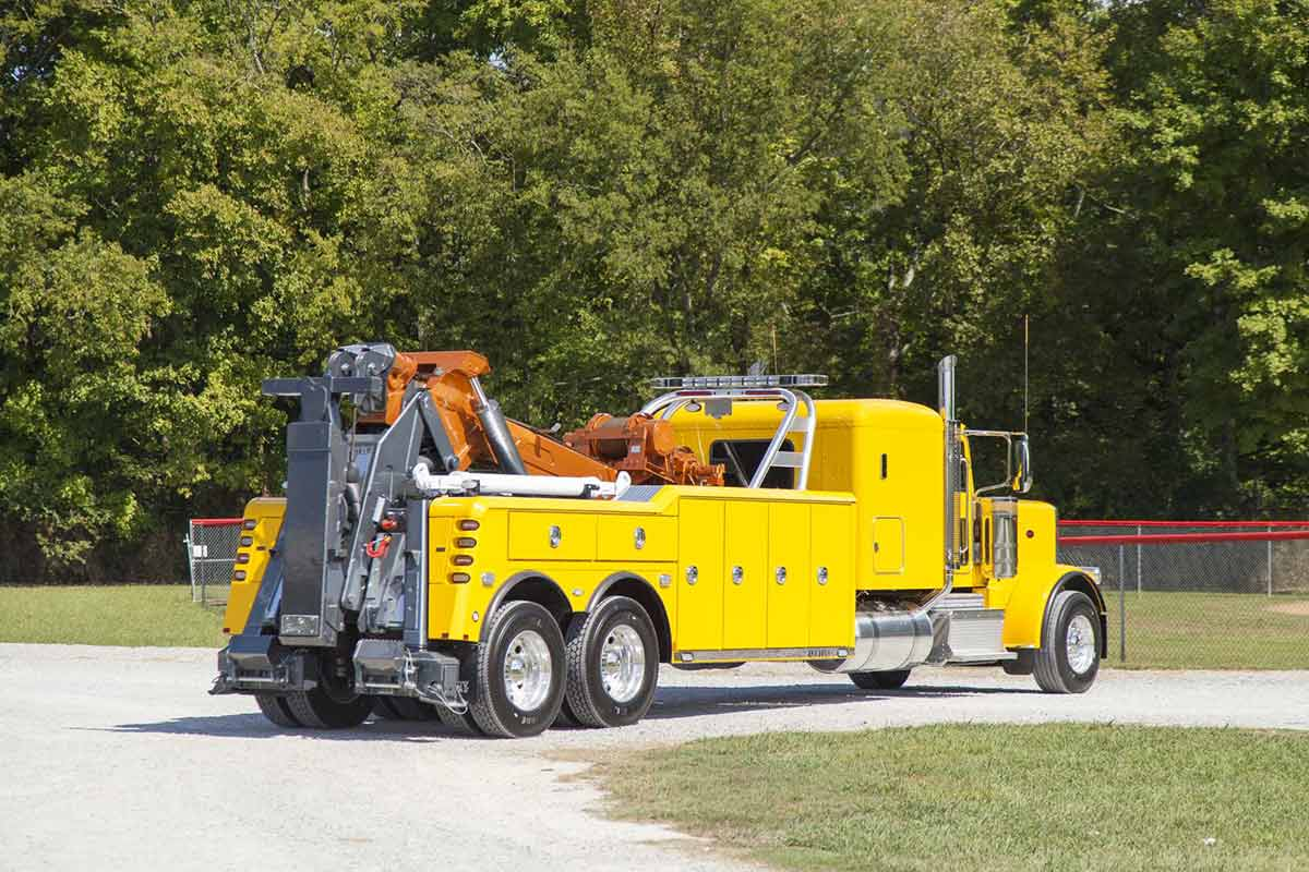 Century 9055 Heavy Duty Wrecker