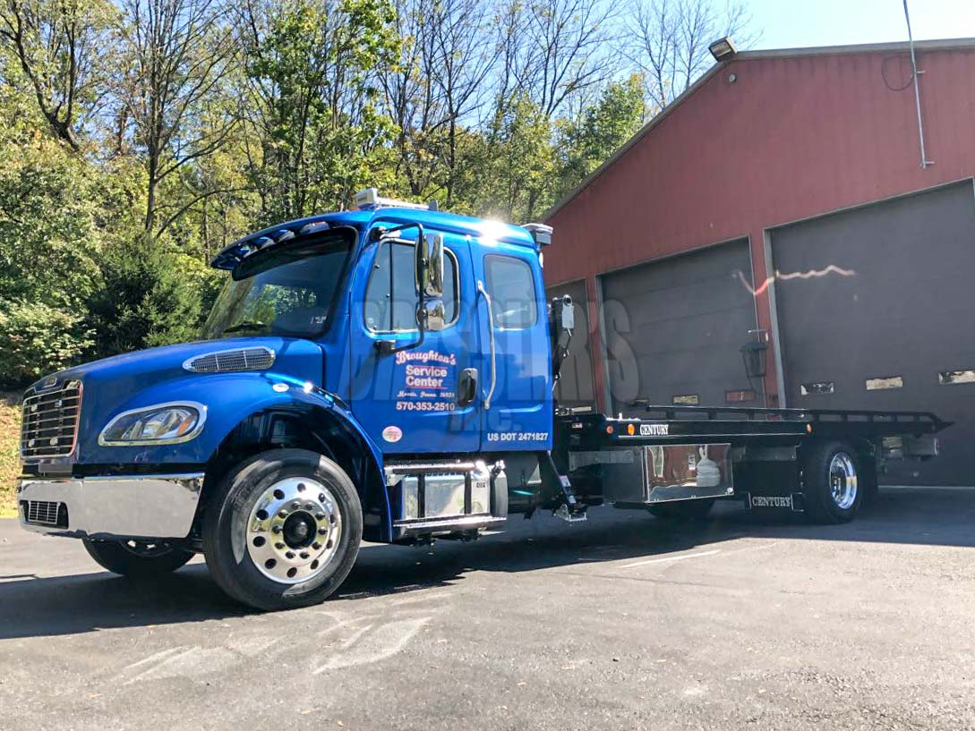 Freightliner M2 with Century LCG steel carrier