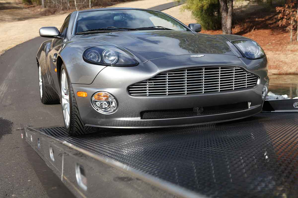 Century SST Rollback Option loading an Aston Martin DB7