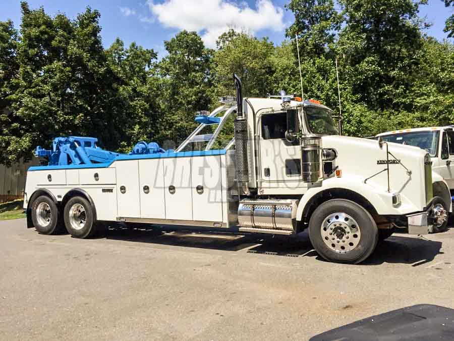 Kenworth Century Heavy Duty Wrecker