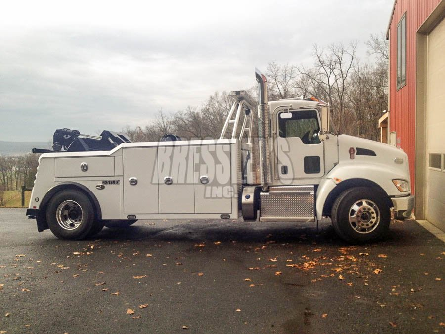 Kenworth Century Medium Duty Wrecker