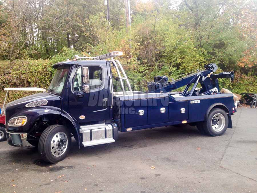 Freightliner Century Medium Duty Wrecker