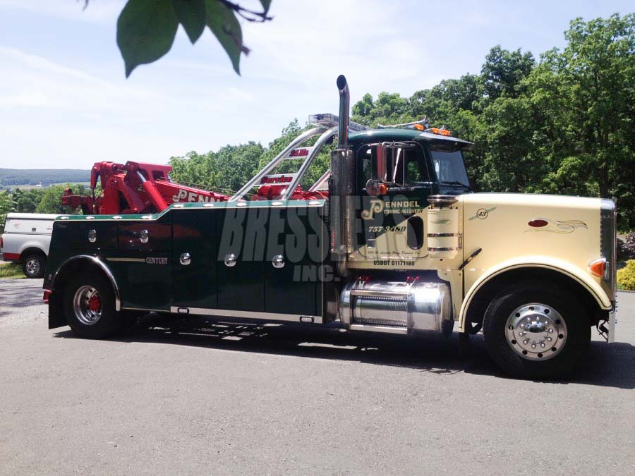 Peterbilt Century Heavy Duty Wrecker