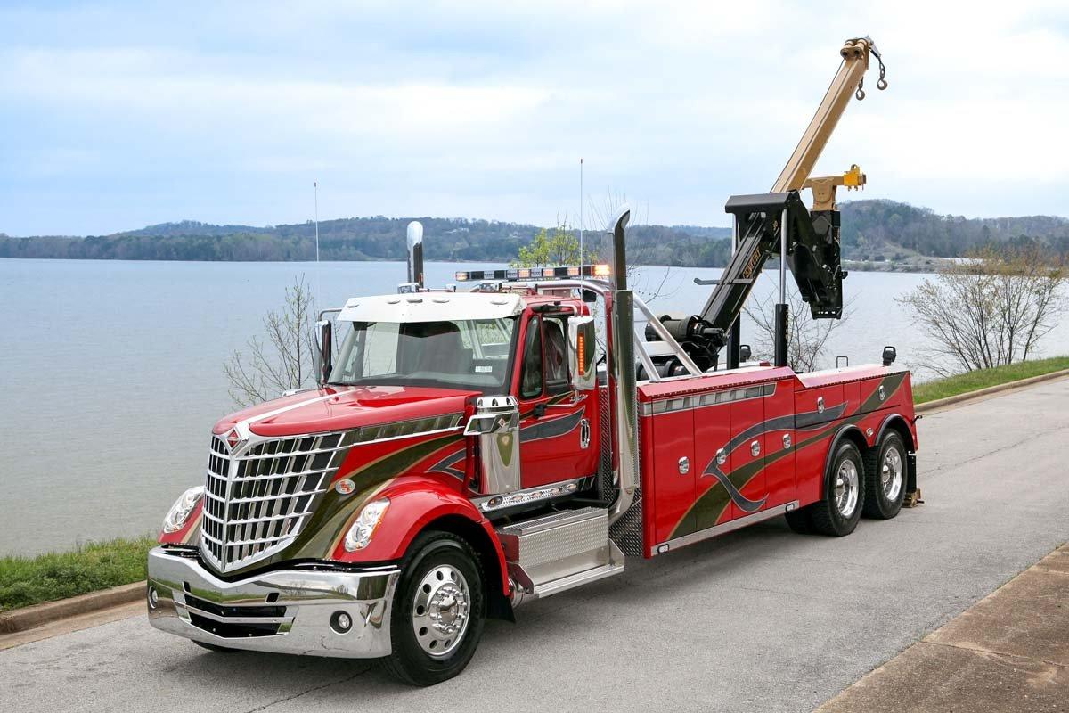 Century 5230 Heavy Duty Wrecker