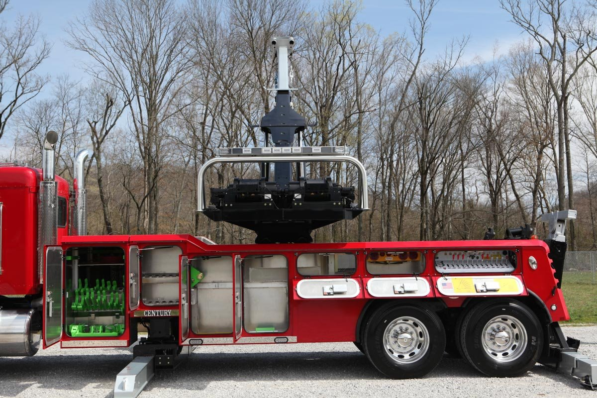 Century 1135 Rotator with open compartments