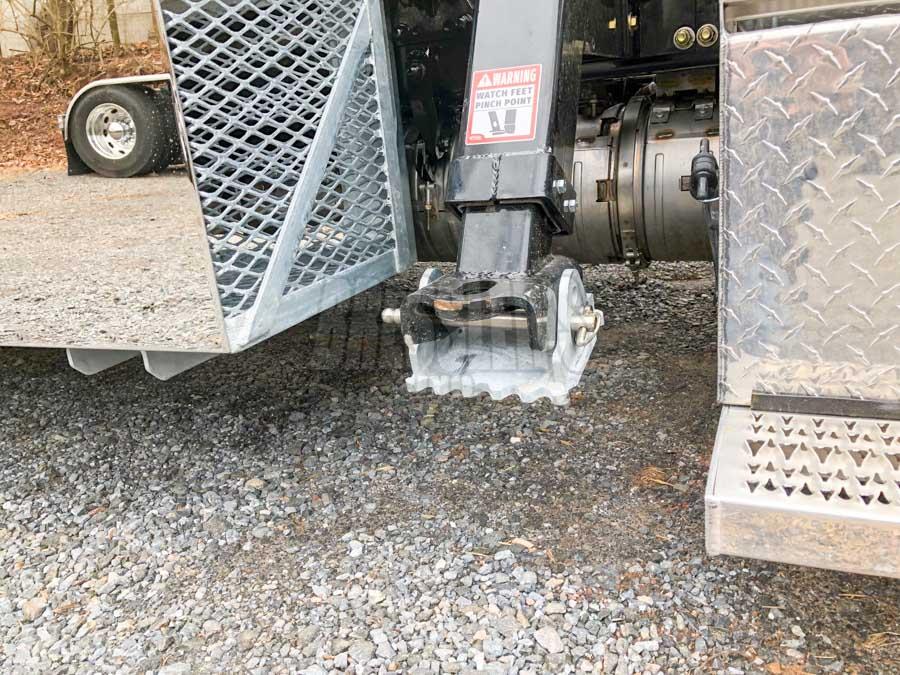 SidePuller SP9000 galvanized ground penetration plate