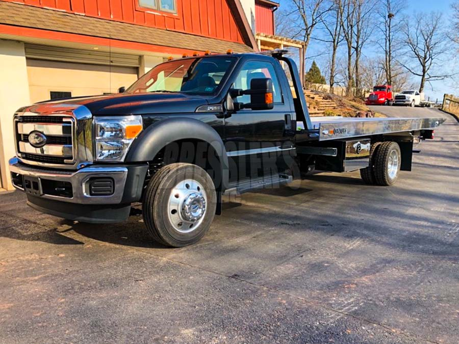 2016 Ford F-550 with Century 10-Series Aluminum Rollback with SST option